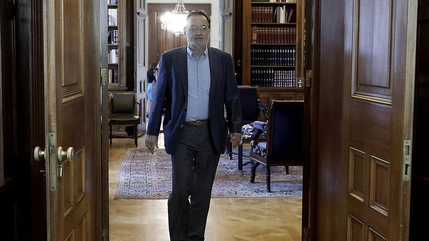 Una Syriza fracturada se compromete a un programa electoral que respeta el rescate