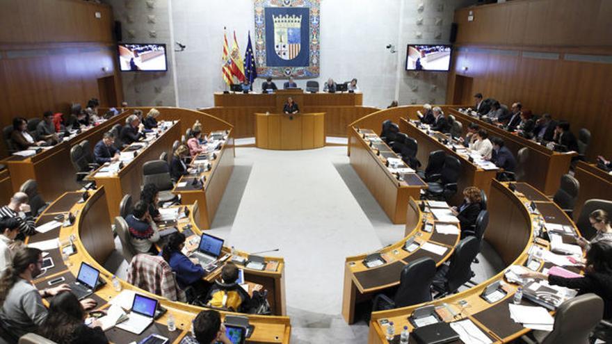 Las Cortes de Aragón podrían pasar de 67 a 69 diputados
