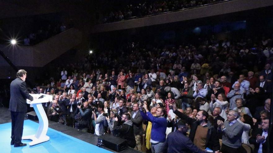Rajoy reaparece en un mitin en Pontevedra para apoyar a Ana Pastor.