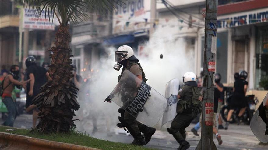 Entierran hoy al activista griego asesinado por un neonazi que está en prisión