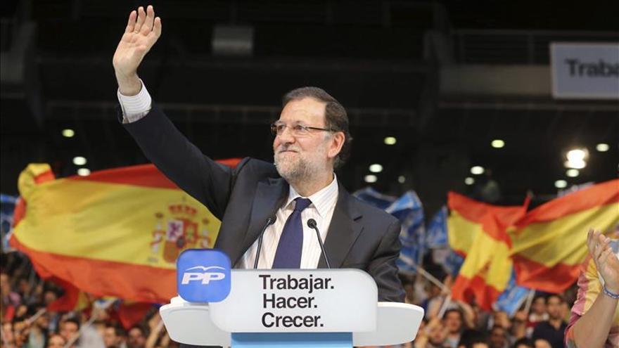 Rajoy pide a los españoles que acudan a votar