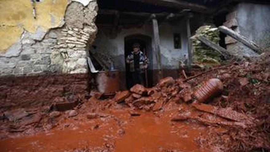 Vertido de lodo rojo en Hungría