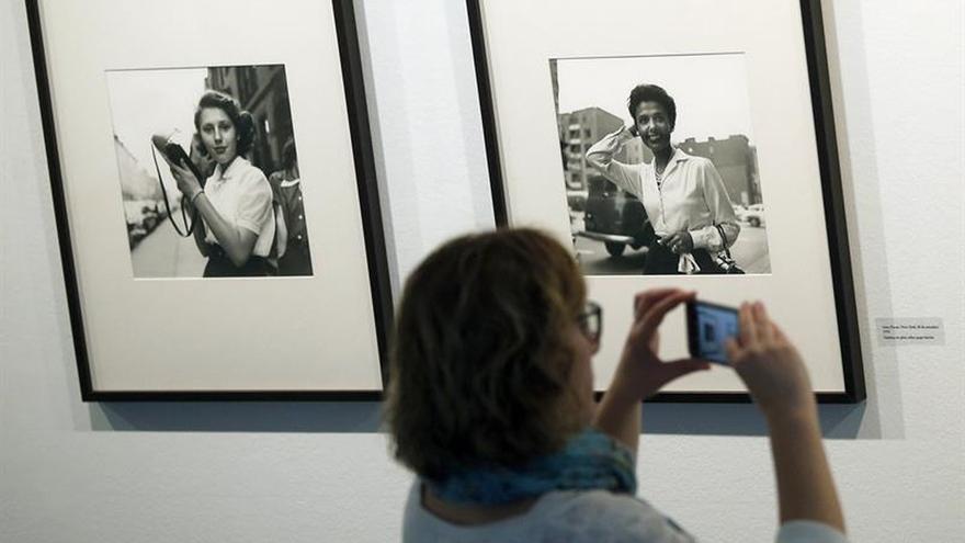 Las obras de la niñera fotógrafa Vivian Maier llegan por primera vez a España