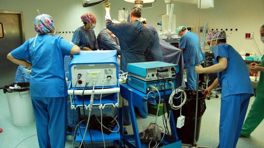 Operación quirúrgica / JCCM