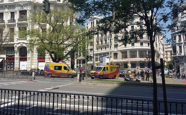 Dispositivo de Emergencias desplegado por la fuga de gas en C/ Alcalá y Gran Vía | E