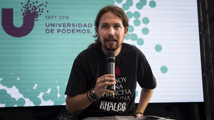"""Pablo Iglesias advierte que un sector del PSOE """"afila cuchillos"""" tras los comicios"""