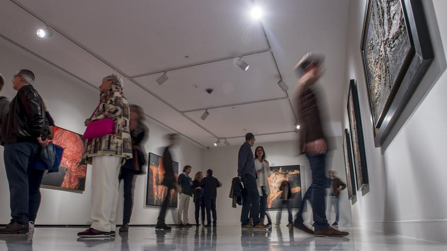 Exposición 'Universo Manrique' en el CAAM.