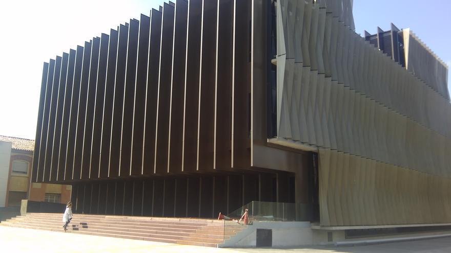 Edificio que alberga, en el sótano, el Almacén Unificado del Complejo Hospitalario.