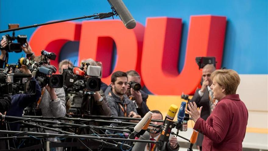 """Merkel llama a la CDU a afrontar """"los desafíos de Alemania y del mundo"""""""