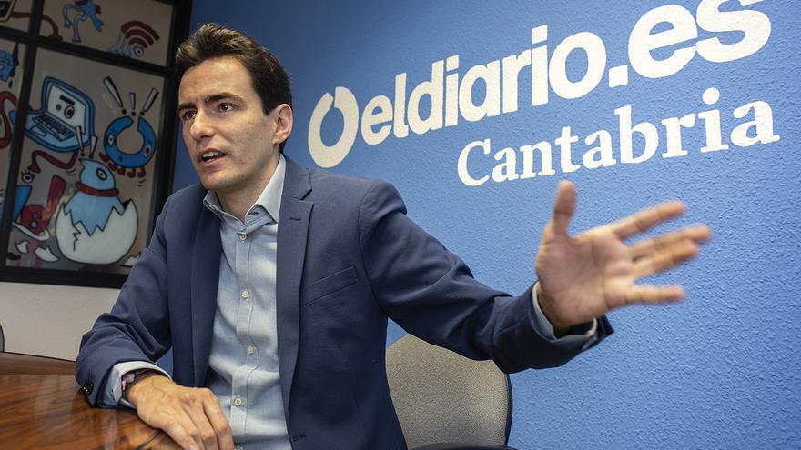 El líder del PSOE promete poner a l as personas en la acción de gobierno frente a la política del 'hormigonazo'.