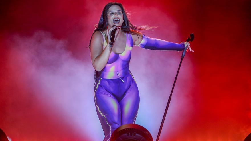Archivo - La cantante Nathy Peluso ofrece un concierto como parte del festival Noches del Botánico, a 10 de junio de 2021, en Madrid