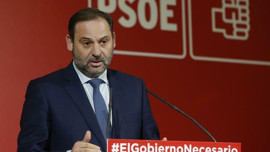 """Ábalos dice que el PSOE es el único partido """"capaz"""" de frenar a PP, Cs y Vox"""