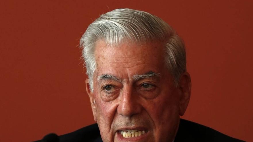 """Vargas Llosa defiende el """"espíritu madrileño"""", que """"ignora la visión estrecha y prejuiciosa del nacionalismo"""""""