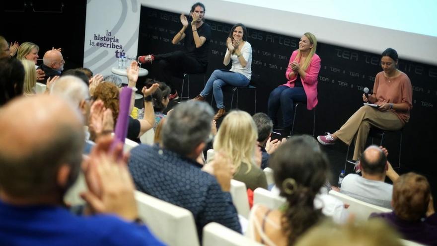 De izquierda a derecha: Alberto Rodríguez, Ione Belarra, Noemí Santana y Patricia Caro.
