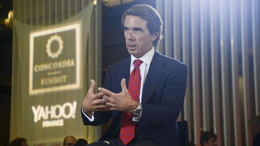 """Aznar aboga por mantener vivo el legado """"en defensa de la paz"""" de Simon Peres"""