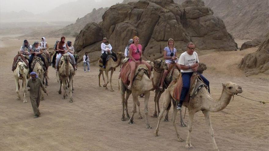 La embajada en El Cairo atenderá a turistas en Sharm el Sheij si es necesario