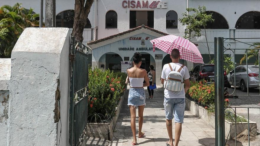 Aborto legal en niña abusada de diez años reaviva polémica en Brasil