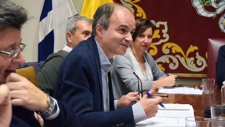 El concejal José Alberto Díaz-Estébanez durante la Comisión de Control