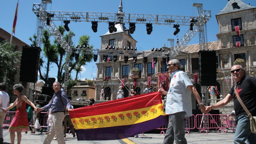 La cadena pasa por la Plaza del Ayuntamiento de Toledo