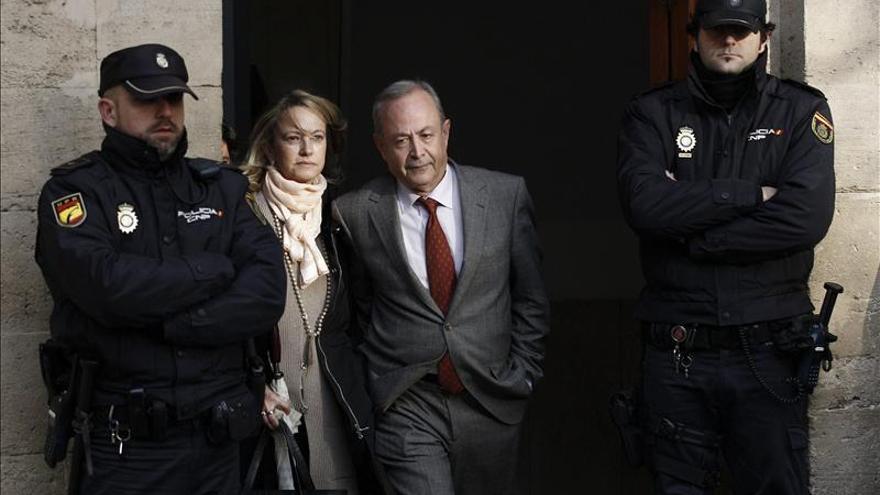 El juez Castro sostiene que Urdangarin cometió 25 delitos al frente de Nóos