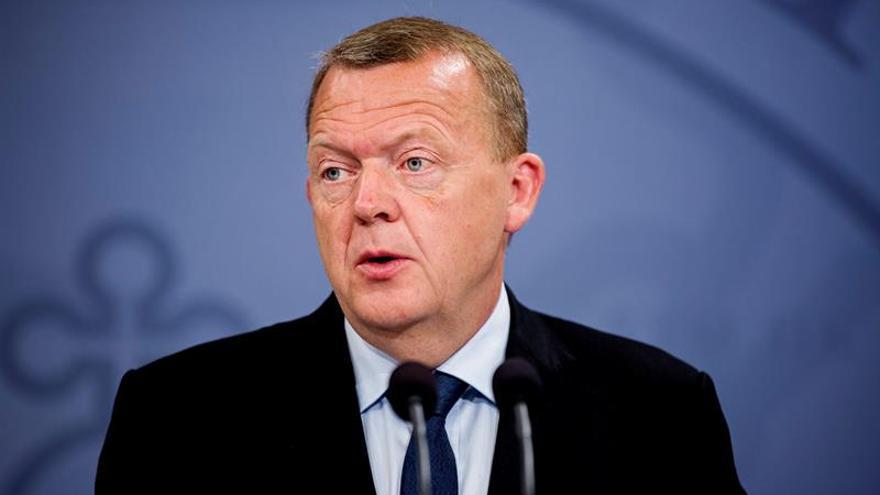 Rasmussen presenta un nuevo gobierno danés en minoría con tres partidos