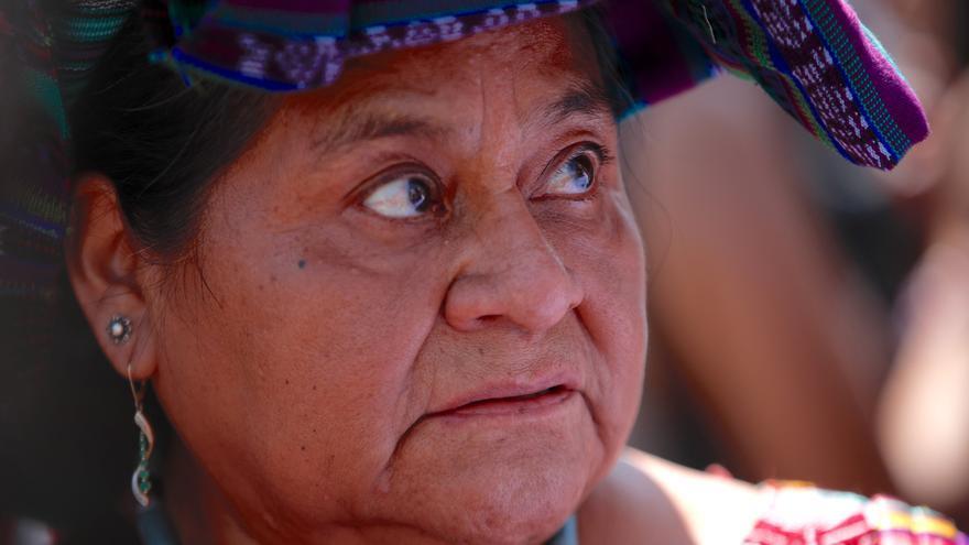 Menchú asegura que con la pandemia hay un riesgo de regresión en los derechos