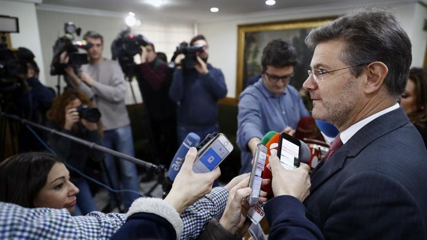 """La UPF pide la dimisión de Catalá por """"amenazar"""" a las fiscales del caso Púnica"""