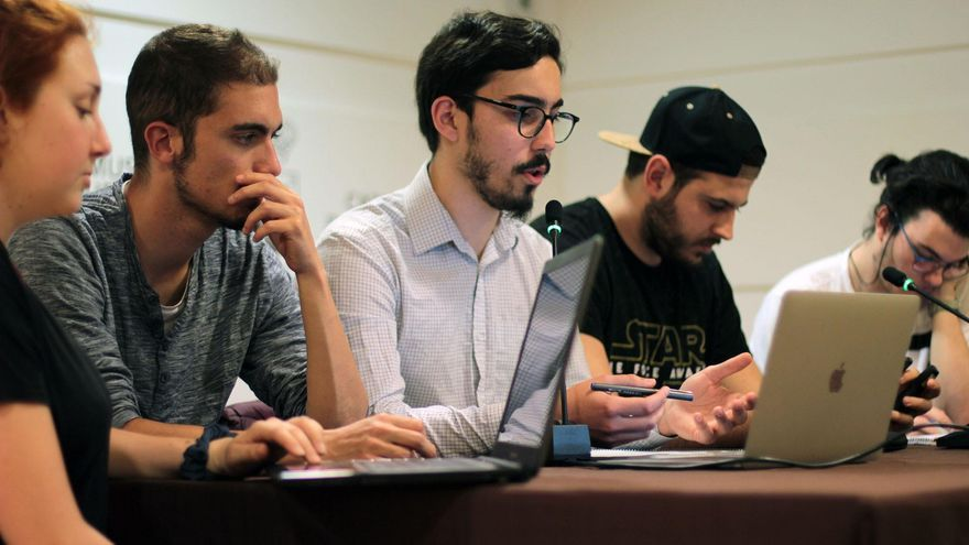 En la imagen, un momento de la asamblea de la Asociación Neosófica.