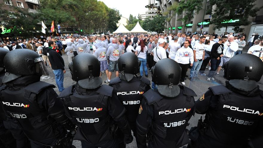 El Legia de Varsovia anula los desplazamientos de sus aficionados por Europa tras los incidentes en Madrid