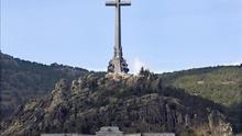 El PSOE pide el traslado de los restos de Franco antes de restaurar el Valle de los Caídos
