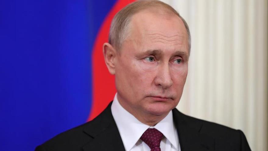 Putin: Rusia también suspende su participación en el INF