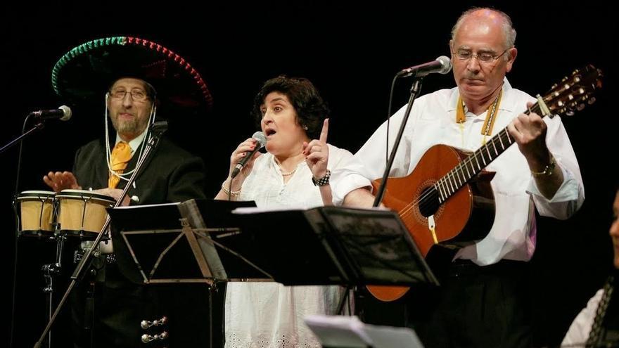 de música popular y latinoamericana con el grupo 'Tamarindo' este ...