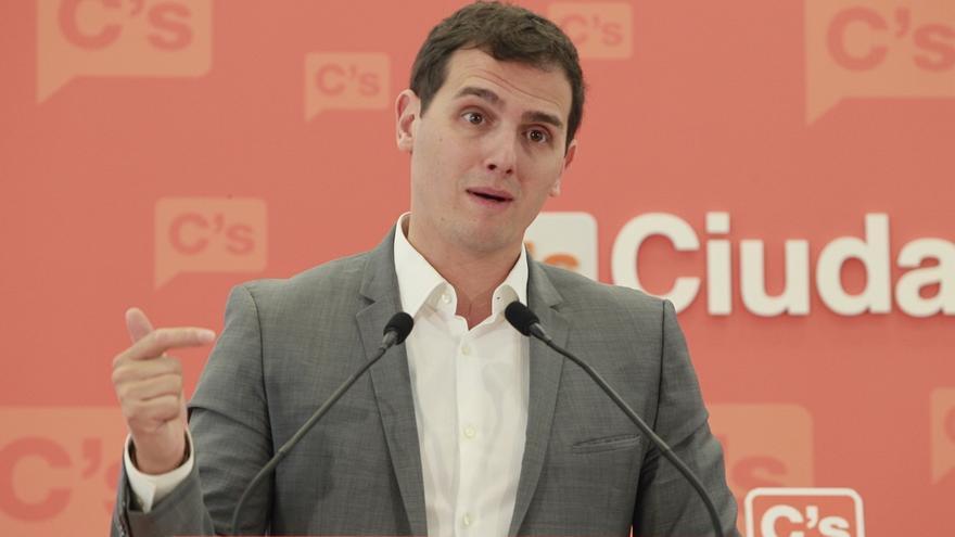 Rivera dice que Mas tendrá complicado impedir la entrada de Ciudadanos en ALDE, que prevé para junio
