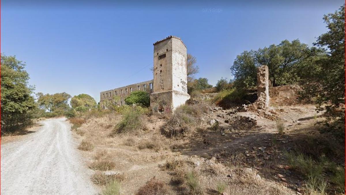 Instalaciones de la antigua mina Valdeflores