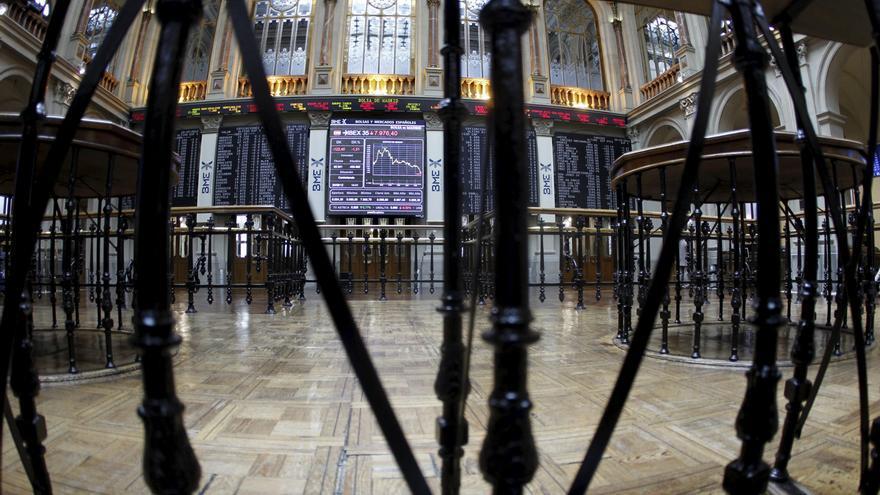 La Bolsa española abre la sesión con descensos y el IBEX cae el 1,13 por ciento