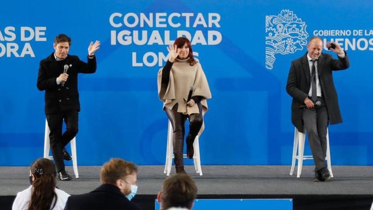 Axel Kicillof, Cristina Kirchner y Martín Insaurralde