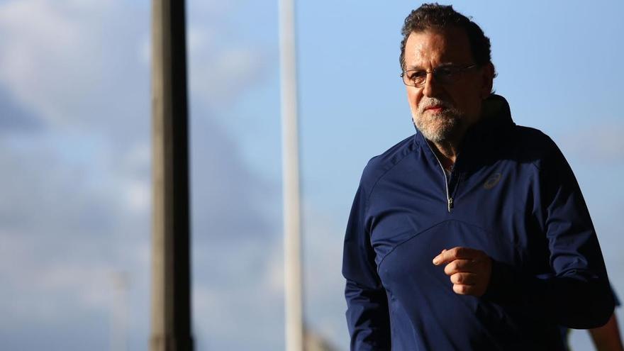Mariano Rajoy corre en Santa Cruz de Tenerife.