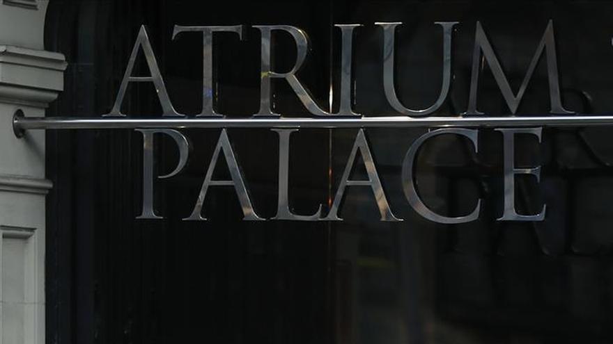 Desalojan a 37 personas a causa de un incendio en un hotel en Barcelona