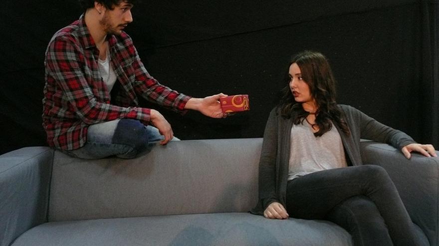 La Sala Zircó estrena la obra 'Más allá del puente', escrita por David Botello y producida por Alaiamaró