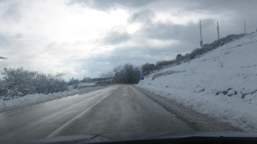 Se mantiene el aviso amarillo por nieve en el interior para este martes