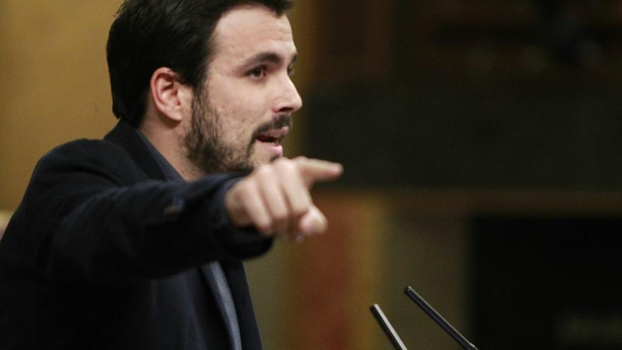 El portavoz parlamentario de IU-UP, Alberto Garzón, en el debate de investidura del 2 de marzo de 2016.