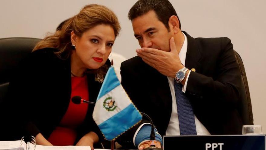 """Guatemala cerrará su embajada en Suecia para ordenar """"prioridades exteriores"""""""