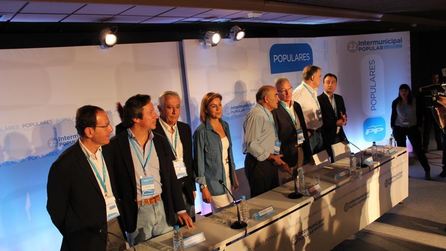 Cámara, Floriano, Arenas, Cospedal, Garre, Valcárcel y Pons antes de inaugurar la Intermunicipal del PP / PSS