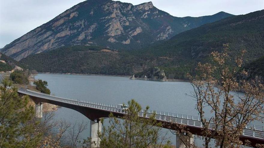 Cataluña entra en alerta de sequía al bajar del 50 % las reservas de pantanos