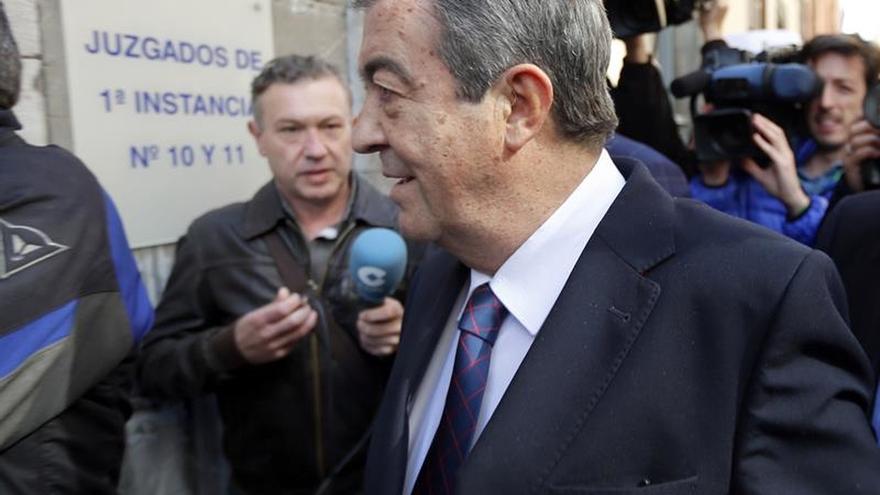 Álvarez-Cascos llega a la Audiencia para testificar en el juicio de Gürtel