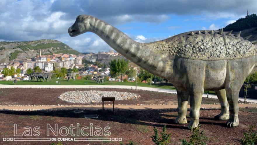 tiranosaurio en el museo paleontológico de cuenca