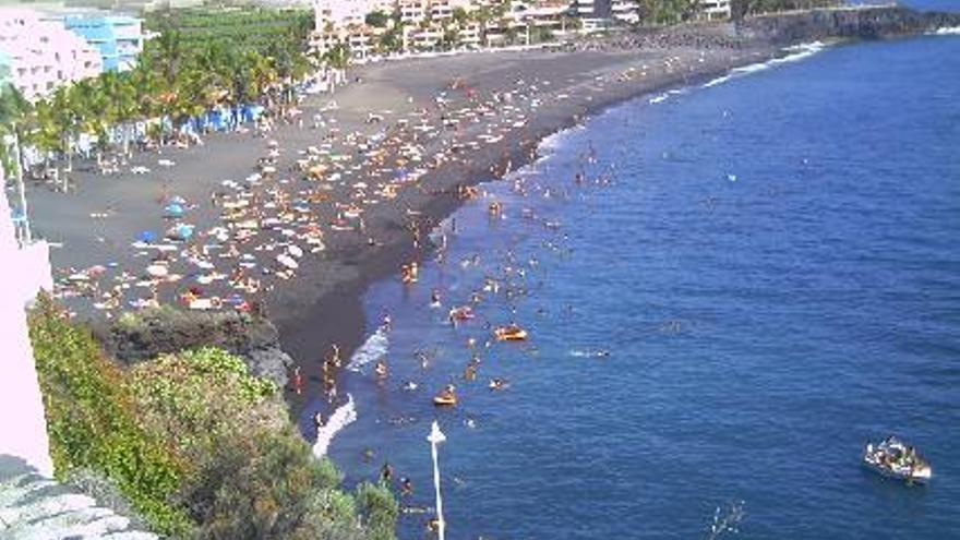 Imagen de archivo núcleo turístico de Puerto Naos.