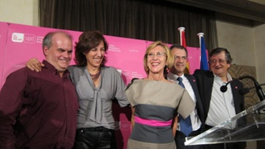 Rosa Diez Celebrando El Éxito En Las Elecciones
