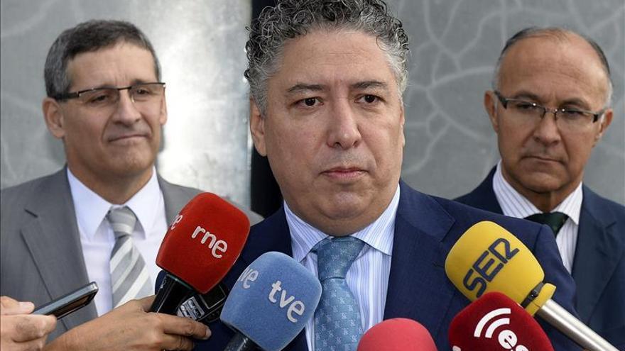 """Tomás Burgos garantiza un Gobierno """"absolutamente comprometido"""" con"""