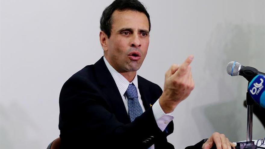 El opositor venezolano Capriles quiere someter a referendo su inhabilitación